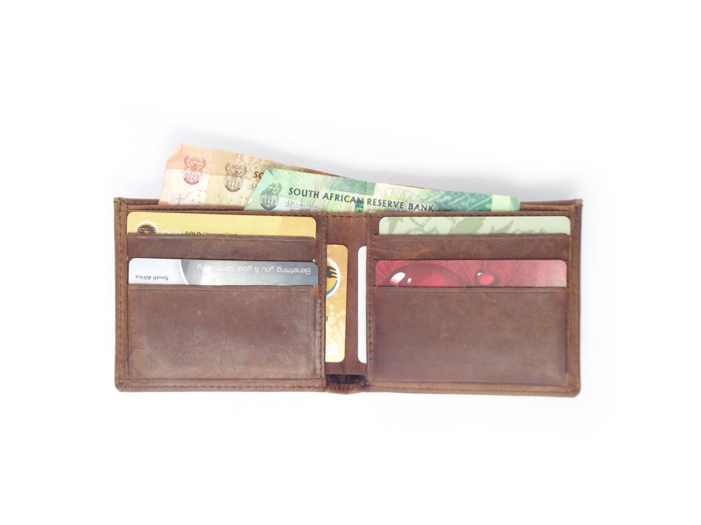 5dcb71214c76 Wallet 6 Cards HPMW19NTKU - full-grain genuine leather bifold wallet mens  by Der Lederhandler