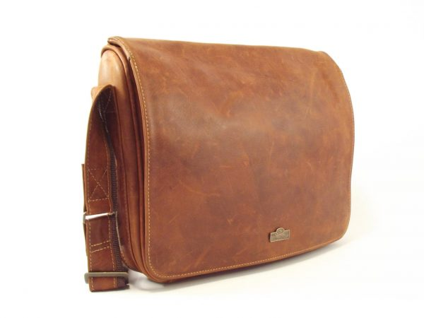 Town Sling Two HP7221 - genuine leather messenger bag by Der Lederhandler
