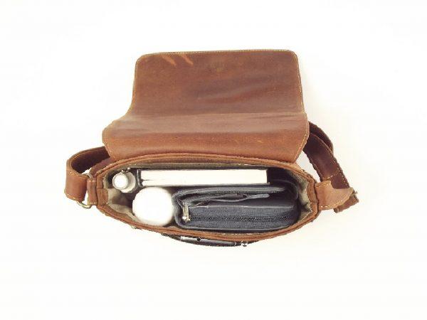 Unisex Organiser Bag HP7215 - leather courier bag by Der Lederhandler